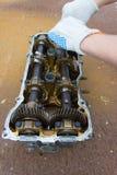 Cabeça de cilindro em oxidado fotografia de stock