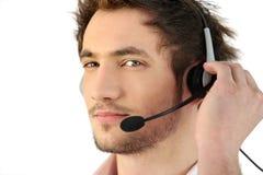 Cabeça-grupo vestindo do telefone do homem imagens de stock royalty free