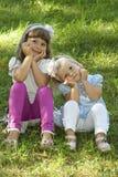 Cabeças da preensão das crianças Imagens de Stock Royalty Free