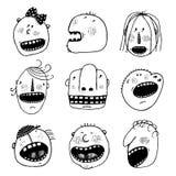 Cabeças das caras dos povos dos desenhos animados do esboço da garatuja ajustadas ilustração royalty free