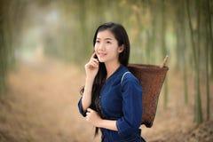 Cabelo branco de Beautiful do fazendeiro das meninas dos cuidados com a pele da pele bonita da cara fotografia de stock