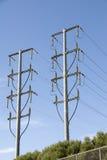 Cabels надземные, столбы силы конца. Стоковые Фото