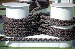 Cabestan et corde Image libre de droits