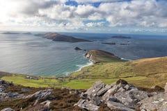 Cabeza de Dunmore e islas de Blasket imagen de archivo