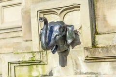 Cabeza de Elefant en el monumento de Johannes Gutenberg en el meridional Imagen de archivo libre de regalías