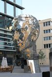 Cabeza de la escultura de Franz Kafka en la Rep?blica Checa de Praga imagen de archivo