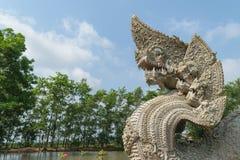 Cabeza de la serpiente o de la estatua del naga Imagen de archivo