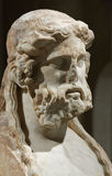 Cabeza de mármol de un hombre mayor Imagen de archivo libre de regalías