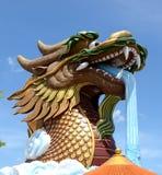 Cabeza de s del dragón 'en Supanburi Foto de archivo libre de regalías