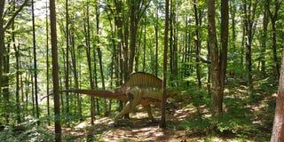 Cabeza del dinosaurio imagenes de archivo
