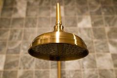 Cabezal de ducha de cobre amarillo de lujo Fotografía de archivo