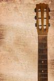 cabezal de las guitarras acústicas incluyendo clavijas de adaptación Foto de archivo libre de regalías