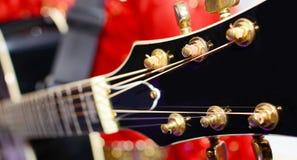 Cabezal negro de la guitarra eléctrica Imágenes de archivo libres de regalías