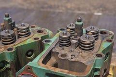 Cabezas del bloque de motor fotos de archivo