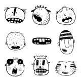 Cabezas del garabato y colección de las emociones de la cara del monstruo de la historieta del esquema Fotos de archivo libres de regalías