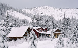 Free Cabin In The Snow Royalty Free Stock Photo - 5222005