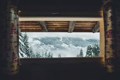 Cabina con objeto de las montañas francesas Foto de archivo libre de regalías