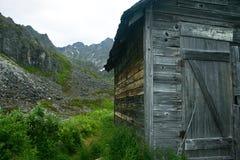 Cabina d'Alasca di estrazione mineraria Fotografia Stock