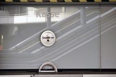 Cabina de boleto con la caja de interruptor Fotos de archivo