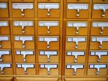 Cabina de catálogo de tarjeta en biblioteca académica Fotografía de archivo libre de regalías
