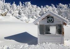 Cabina de información congelada del mundo Imágenes de archivo libres de regalías