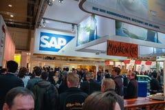 Cabina de la compañía de SAP en la feria profesional de la tecnología de la información del CeBIT Imagen de archivo