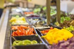 Cabina de la ensalada de los tomates Foto de archivo libre de regalías