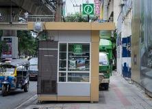 Cabina de la información turística de Bangkok fotos de archivo