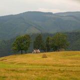 Cabina de la montaña fotos de archivo