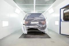 Cabina de la pintura del coche Imagen de archivo