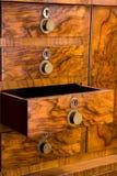 Cabina de madera con el cajón abierto Fotografía de archivo