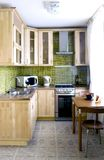 Cabina de madera natural de la cocina Fotos de archivo libres de regalías