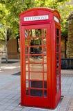 Cabina de teléfono del vintage Imagen de archivo