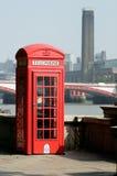 Cabina de teléfono icónica de Londres Imagen de archivo libre de regalías