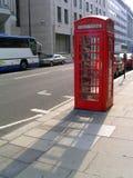 Cabina de teléfono inglesa Imágenes de archivo libres de regalías