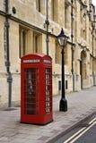 Cabina de teléfonos británica - Gran Bretaña Fotos de archivo