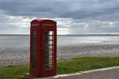 Cabina de teléfonos sola fotos de archivo libres de regalías