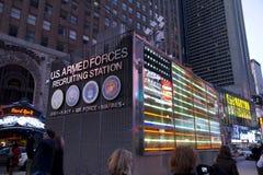 Cabina del Times Square delle forze munite degli Stati Uniti Fotografie Stock Libere da Diritti