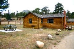 Cabina dell'affitto di vacanza della montagna Immagine Stock Libera da Diritti