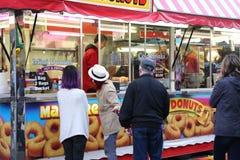 Cabina dell'alimento al carnevale di divertimenti della costa ovest Fotografia Stock Libera da Diritti