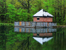 Cabina delle pompe del lago immagine stock libera da diritti