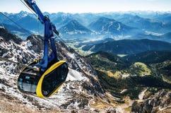Cabina di funivia in alpi austriache Immagine Stock Libera da Diritti