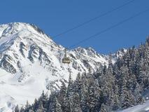 Cabina di funivia Andermat, Svizzera fotografia stock libera da diritti