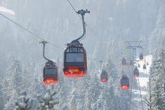 Cabina di funivia di Pilatus che conduce alla montagna di Pilatus, Lucern, Svizzera Fotografia Stock Libera da Diritti