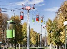 Cabina di funivia nel parco di Gorkij a Kharkov immagine stock