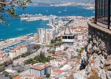 Cabina di funivia nella città di Gibilterra Immagini Stock Libere da Diritti