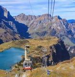 Cabina di funivia sul Mt Titlis in Svizzera Immagine Stock