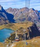 Cabina di funivia sul Mt Titlis in Svizzera Fotografie Stock Libere da Diritti