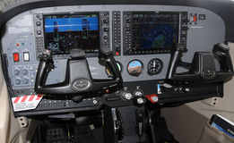 Cabina di guida di velivoli moderna Fotografie Stock Libere da Diritti