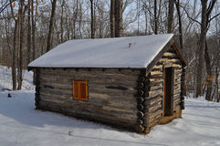 Cabina di libro macchina in inverno immagini stock libere da diritti